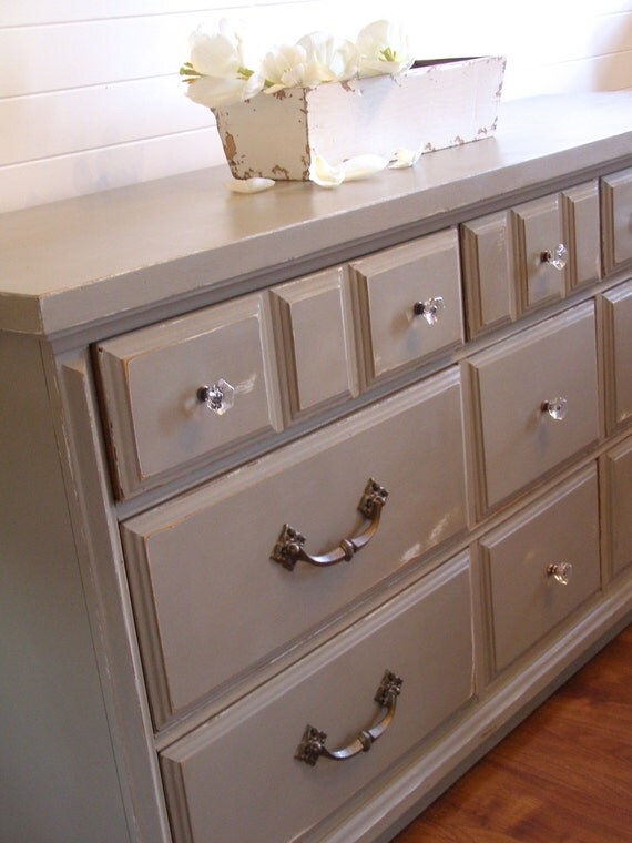 9 drawer dresser in annie sloan french linen on hold for. Black Bedroom Furniture Sets. Home Design Ideas