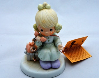 Precious Moments Figurine, Tell It To Jesus, Porcelain Girl Figurine, 1989, Samuel J. Butcher, Enesco , 521477
