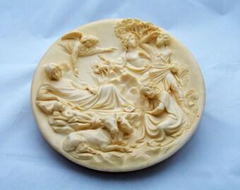 """Nativity, Studio Dante Di Volteradici Alberto Santangela Plate, """"La Nativita"""", The Nativity in Relief"""
