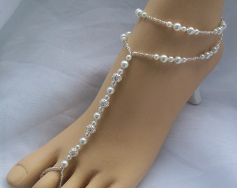 Wedding Barefoot Sandals - Bridal Foot Jewelry Pearl and Silver Anklet Set