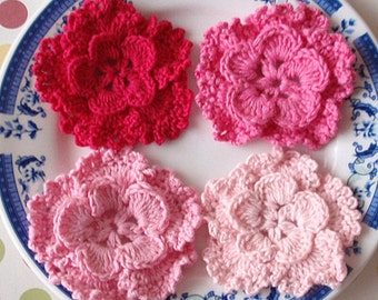 4 Crochet Flowers In Lt pink, Pink, Bubblegum pink, Shocking pink YH-127-02