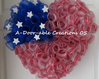 I HEART/LOVE AMERICA..Patriotic Mesh Wreath/Cemetery/Gravesite/Home Decor