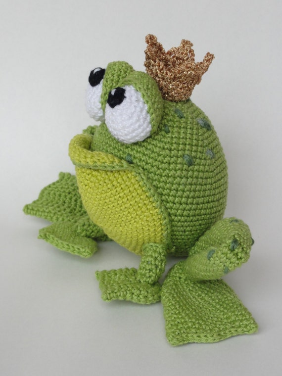 amigurumi crochet pattern henri le frog by ildikko on etsy. Black Bedroom Furniture Sets. Home Design Ideas