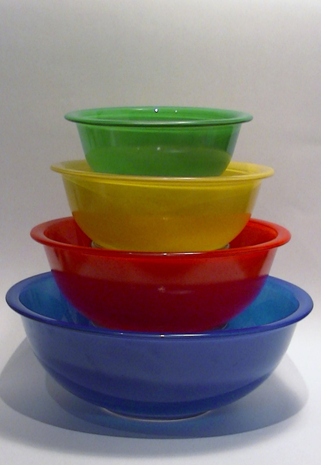 from Vincenzo dating pyrex primary bowls