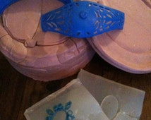 Rubber mold for the bracelet, silicone for the setting. wax mold not included.