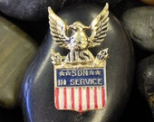 "WWII Gold Over Silver Eagle & Shield ""Son In Service"" Pin (st - 455)"