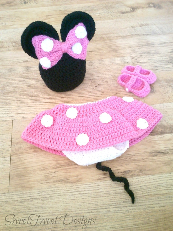 Free Crochet Pattern For Mickey Mouse Shoes : Crochet Minnie Mouse Shoes Pattern Joy Studio Design ...