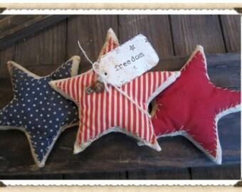 Primitive patriotic Americana stars stuffed set if 3 freedom rusty bell pin