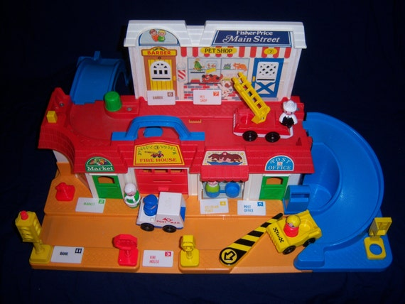 Complete 1986 Fisher Price Main Street Toy 2500 By