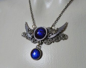 Steampunk necklace with wings