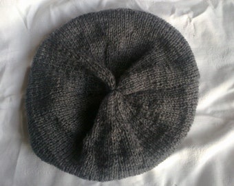 Childrens Beret style hat age 10-12 yrs