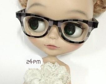 Black Scot Glasses - Nerd Glasses Blythe