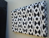 1 Fat Quarter - Black and White Fabric