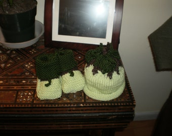 Little Green Apple cap and bootee set  -3 month size