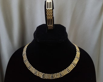 House of Dijon Gold Necklace and Bracelet FREE SHIPPING