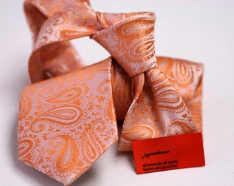 Tie (3 inch) in Paisleys in Orange