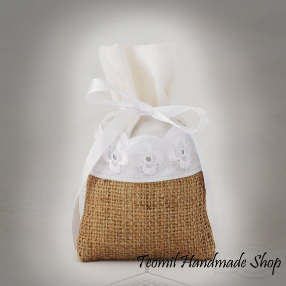 Items For Wedding Gift Bag : Items similar to Rustic Wedding Favor Bag, Party Gift Bag or Bridal ...