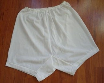 Vintage Ingrasyl Knickers, Tap Panties, UK Size 10.