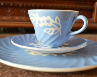 Harker Pottery Company Cameoware Blue Shell Shape Pattern Bread Plate
