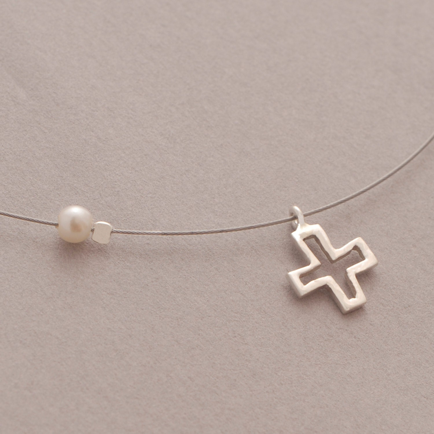 small sterling silver cross pendant s necklace on