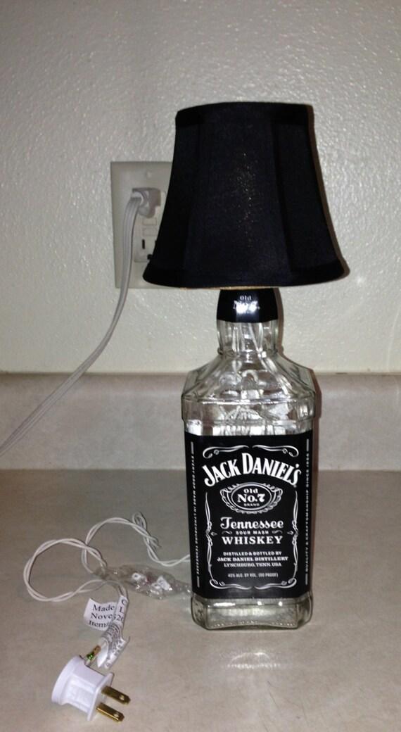 Jack daniel 39 s lighted bottle lamp by alittlebitcorkie on etsy - Comment faire une lampe avec une bouteille en verre ...