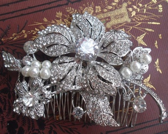 Vintage style Brooch Hair Comb