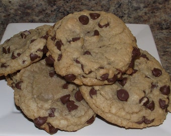 Chocolate chip cookies - 1 dozen gourmet cookies