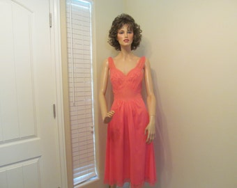 Vintage 1960's Vanity Fair Coral Nightgown Negligee Size Small