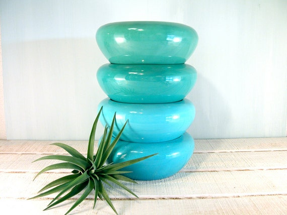 Vintage Turquoise and Aqua Blue Bauer Bulb Bowls