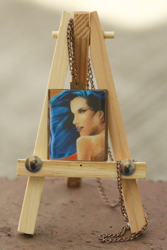 Unbound pendant on copper. dimensions: 1.25x1.5 in.