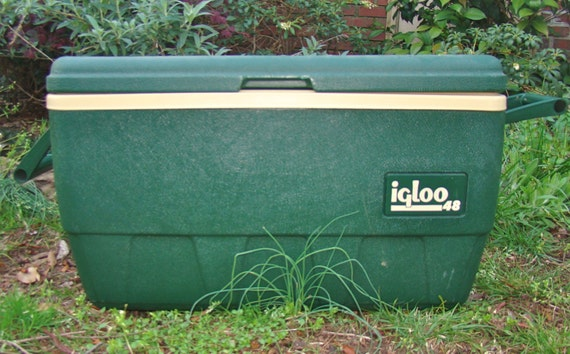Vintage igloo sportsman ice chest cooler with conquest rulers - Igloo vintage ...