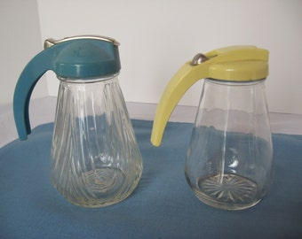 Vintage Syrup Pitcher, Syrup Dispenser, Retro Kitchen, Choice Yellow or Blue