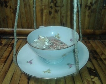 China Tea Cup Bird Feeder / Waterer