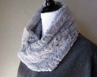 Free Shipping - Silvery Gray and Black Faux Fur Infinity Scarf