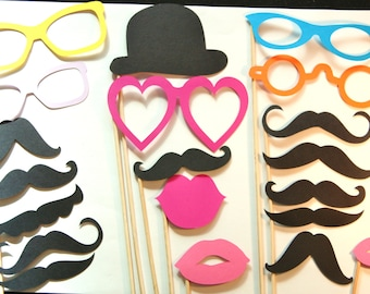 20 PhotoBooth Props, Mustaches, Lips, Wedding Photo Booth, Props on a Stick