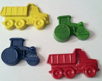 Set of 8 dump trucks / tractor crayons - party favor - birthday party - goody bag - farm construction