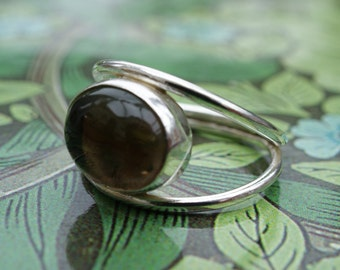 Handmade silver two band ring with black onyx