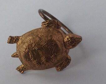 Estate REVET GDG signed turtle scarf clip
