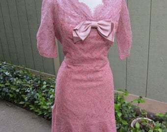 1950's Lace Party Dress/ Vintage Wedding Party Dress. Vintage Tea Dress/Mauve Lace Wedding Dress
