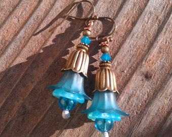 Bright and fun soft blue flower dangles