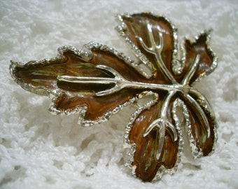 An 'Exquisite' vintage brooch