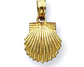 Scallop Shell Pendant (JC749)