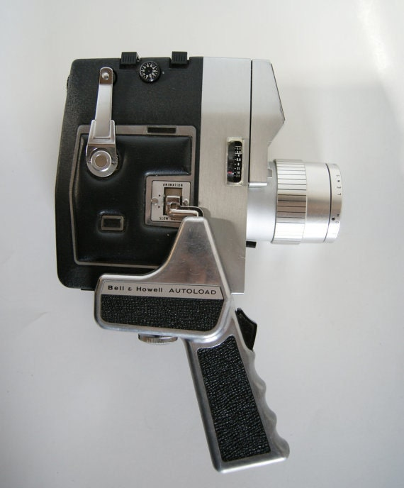 Bell Amp Howell Optronic Eye Autoload Model 418 8mm Movie Camera