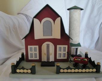 Miniature Barn & Silo