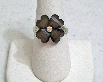 Small Delicate Black Glitter Petal Flower  Fashion Ring Adjustable Band