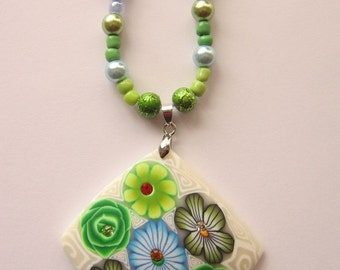 Green Flowered Clay Pendant Bead Necklace