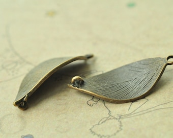 10pcs Antique Bronze Leaf Charms Connector Curve Shaped Two Loops 31x16mm MM774