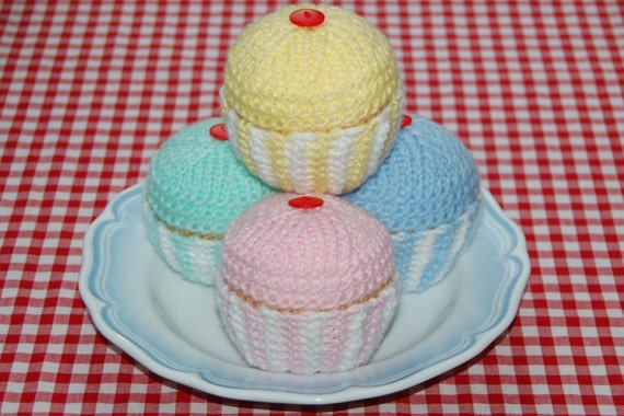 Knitting Pattern for Cupcakes / Fairy Cakes - Knitted Cakes, Play Food, Toy Food