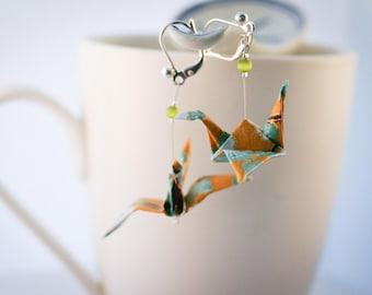 """""""Tsuru-crane"""" olivine origami earrings"""