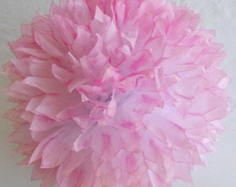 Rose Pink & White Pom / Pink Wedding Decoration /  Baby Girl Nursery / Party Decoration / Pink Tissue Paper Pompom, Pink Pompom